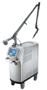 laser służący m.in. do usuwania tatuaży i redukcji zmarszczek